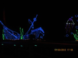 Virginia Beach Christmas Lights - US 2012 - 033